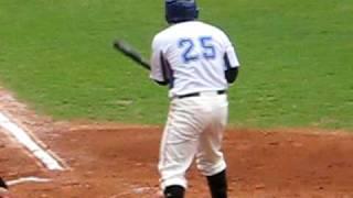 20090611藍白對抗賽-許竹見投球