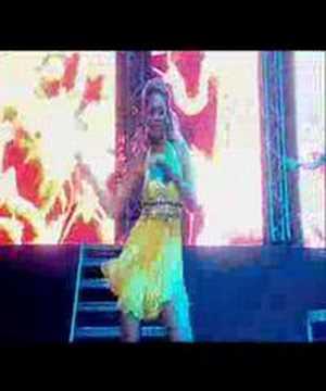 Beyonce - Baby Boy live @ Urban Music Festival 2004