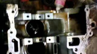видео Форд Фокус 1.8л. жор масла? Есть решение! (Личный опыт)