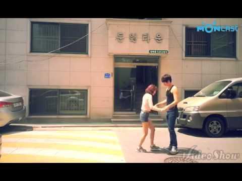 Trào lưu làm clip nụ hôn nhào lộn của giới trẻ Trung Quốc