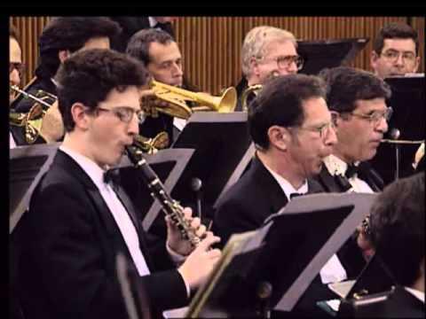 Leopold Mozart: Musikalische Schlittenfahrt- Arie Vardi conducts