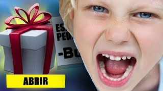 😱 NEVER send a FREE GIFT to a FORTNITE friend or pass this... 😡
