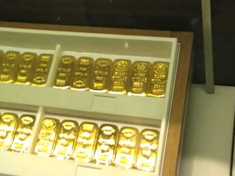 1kg Gold Bar at Dubai International Airport, is it worth investing in Gold?