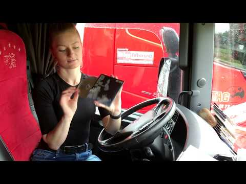 Moja muzyka w trasie/ My music on the road - Iwona Blecharczyk Trucking Girl