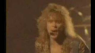 Def Leppard- Pour Some Sugar On Me live 1988