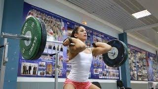 Лица СпоРТ: девушки в тяжелой атлетике