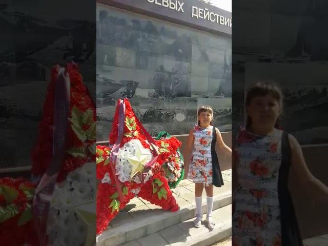 Изображение предпросмотра прочтения – ПолинаРябова читает произведение «Русская девочка» (Карим Мустай)