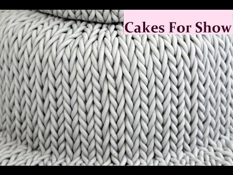 Making a Knitted Cake