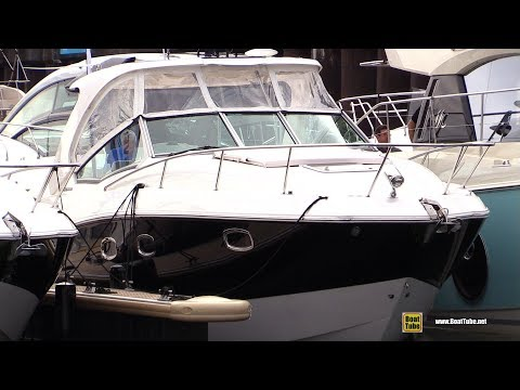 2017 Chaparral 330 Signature Motor Boat  Walkaround  2017 Montreal In Water Boat Show