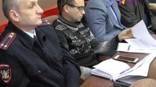 План действий в непогоду обсудили на комиссии по ЧС в Сочи(Городские службы приведены в повышенную готовность ..., 2015-12-29T16:52:33.000Z)