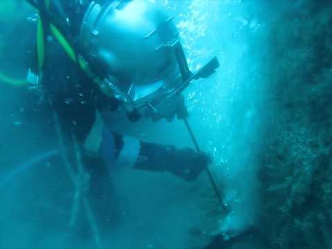 Commercial diver broco