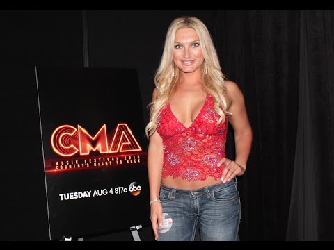 "Brooke Hogan Talks Country Transition with New Single ""Fly Away"" - CMA FEST 2015"