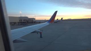 Southwest Airlines Boeing 737-300 Pushback and Start Up Gate B4 El Paso Airport El Paso, TX