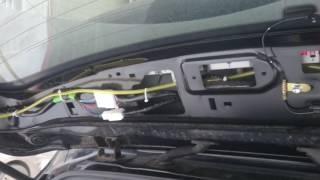 Что может греметь в крышке багажника автомобиля