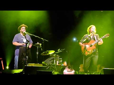 You Fuckin' Did It - Jason Mraz + Toca Rivera - Live In Sydney 2011