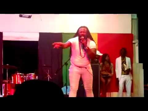 Sizzla Birthday Bash 2014 - Fanton Mojah Performance Part II thumbnail