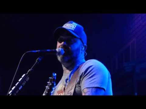 Aaron Lewis - Mama LIVE [HD] 1/27/17