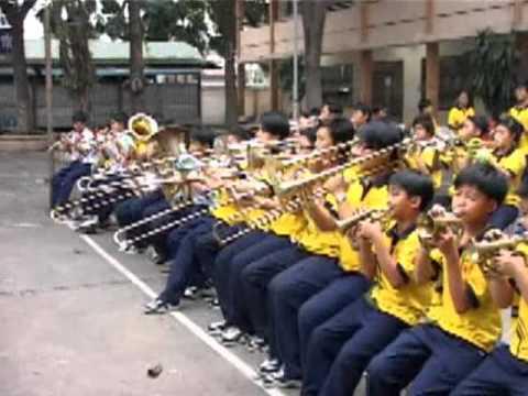 Phóng sự HTV9 về Đội nhạc kèn Võ Thành Trang năm 2011
