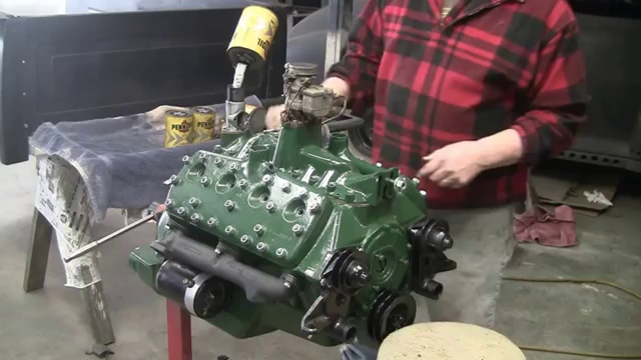 Putting pennzoil in my 1938 flathead ford 85 h p v8 24 stud engine motor youtube