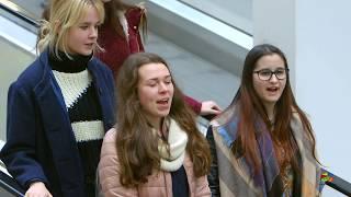 A Debrecen 2023 bemutatja: Debreceni Hajdú Táncegyüttes & Pendely Énekegyüttes Flashmob