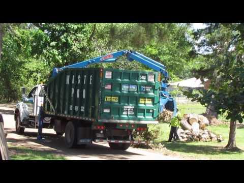 Waste Pro Trash Pickup in Brookhaven, MS (4/27/2017)