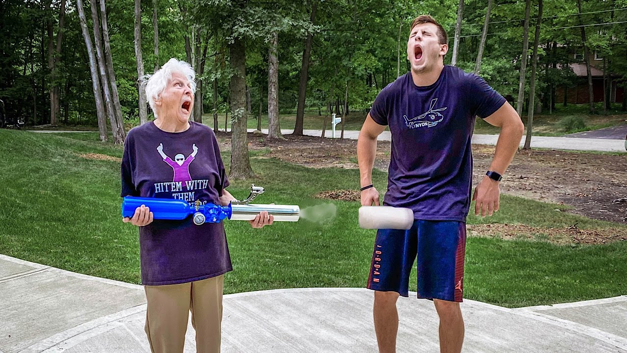 Download Granny's Top 10 Nut Shots **OUCH**   Ross Smith