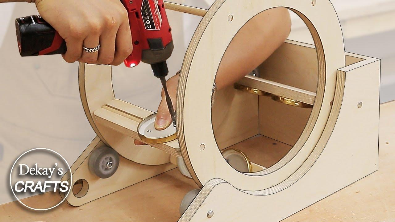 woodworking shop storage idea! / spinning wheel screw storage