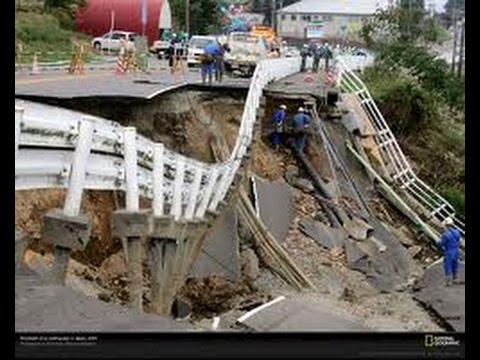Destructive EARTHQUAKE Shake ECUADOR 2 Dead 8.13.14