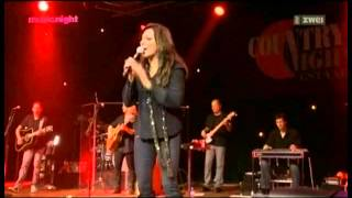 Watch Martina McBride Pick Me Up On Your Way Down video