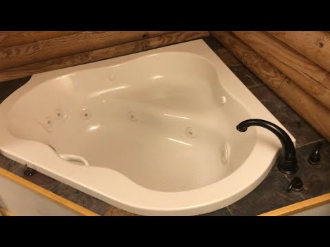 CLEANING a jacuzzi tub inside and out (using super iron out)