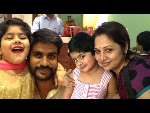 Zee Tamil Thalayanai Pookal Shree Kumar Family Photo |Thalayanai Pookal Tv Serial