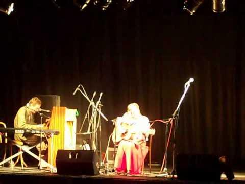 Liam Ó Maonlaí & Markéta Irglová - Saved (live 2009)