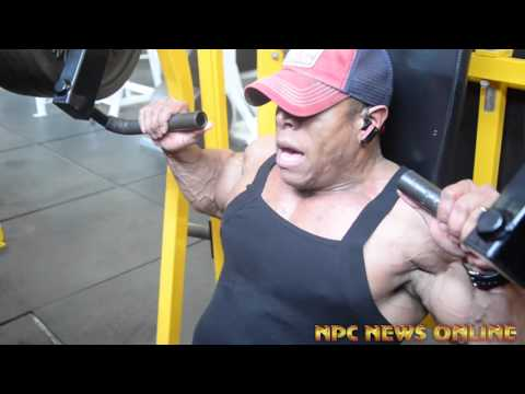 212 IFBB Pro Bodybuilder David Henry 2016 Arnold Classic Training Video