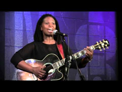 Ruthie Foster - Richland Woman Blues - Live At McCabe's