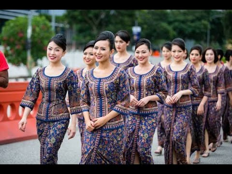 Singapore airlines air hostess pictures #2