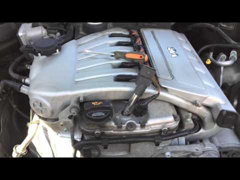 Замена свечей зажигания Volkswagen Touareg 2005 3.2L V6