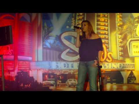 Karaoke Jess Black Velvet