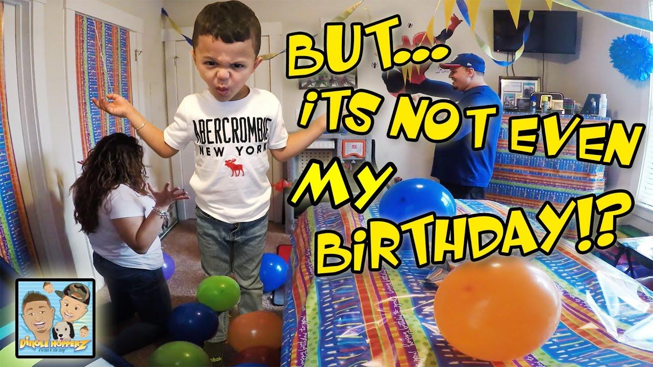 FAKE BIRTHDAY CELEBRATION MOM DAD DECORATE ROOM BIG SURPRISE FUNNY REACTION DINGLEHOPPERZ VLOG