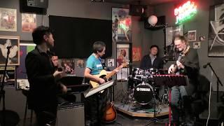歌:石井宏幸さん ギター:BBさん ベース:キースさん ドラム:よういちさん...