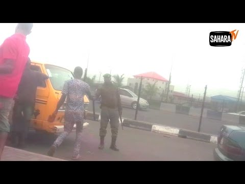 Video!  Nigerian Policeman Caught Taking Bribe From Motorist In Lagos (Must Watch)