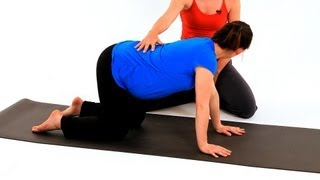 How to Do Wag the Dog for Prenatal Yoga | Pregnancy Workout