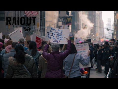 VLOG 66: NYC Exploring | Women's March '18 | Nintendo World