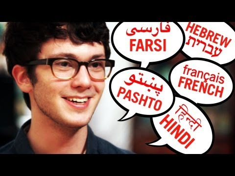 Teen Speaks Over 20 Languages