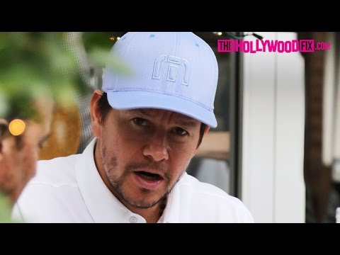 Mark Wahlberg Has Lunch With Friends At Ebaldi Restaurant In Beverly Hills 1.22.16