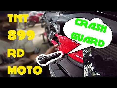 benelli tnt 899 r d moto crash guard install vlog youtube. Black Bedroom Furniture Sets. Home Design Ideas