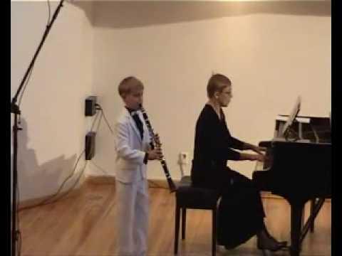 clarinet Sergey Zaporozhets- Milhaud Petit Concert...