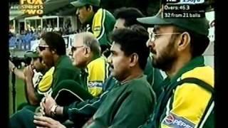 Scott Styris 101* vs Pakistan 1st ODI Auckland 2004