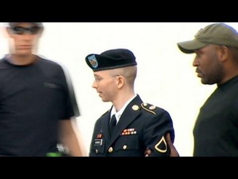 Bradley Manning Sentenced to 35 Years in WikiLeaks Case