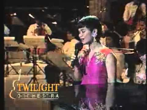 Ruth Sahanaya - Looking Through The Eyes @ Twilight Orchestra Live In Anyer (RCTI 29 Oktober 1991)