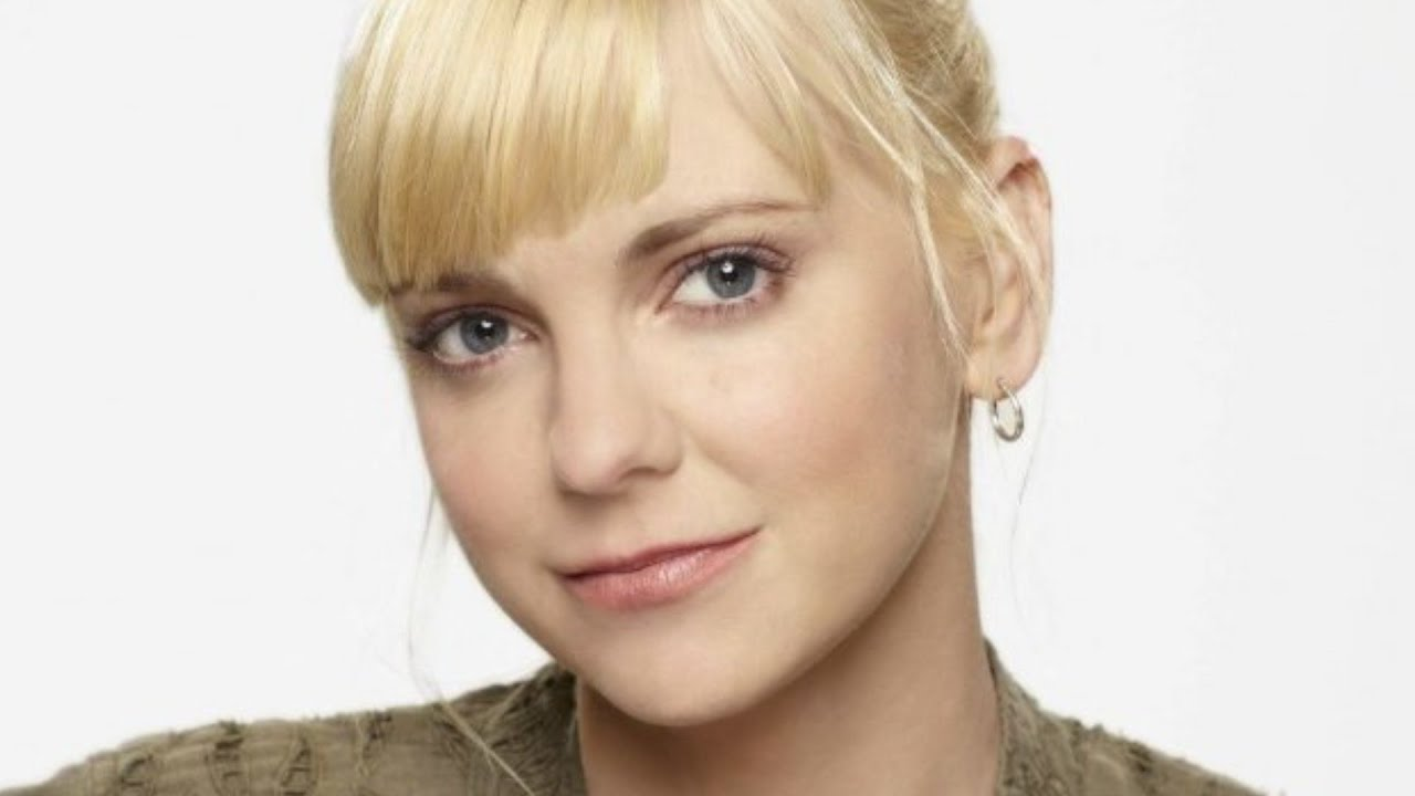 Download The Real Reason Anna Faris Left Mom
